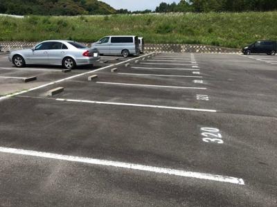 駐車場に車を止められます 【COCO SMILE ココスマイル】