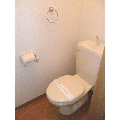 個室タイプのトイレ(同一仕様)