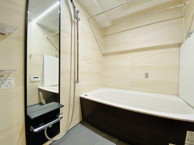 浴室は雨の日のお洗濯や寒い冬場の入浴に便利な浴室換気乾燥機付きです