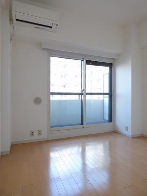 現賃借人入居前の2018年2月に撮影したものです。