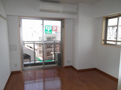 601号室の写真です・ボーテ菊名・洋室