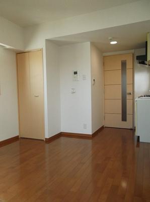 601号室の写真です・ボーテ菊名・リビング