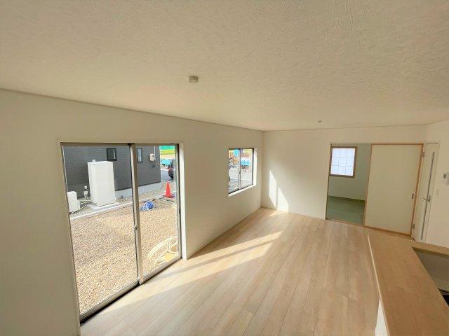 【居間・リビング】【新築】古川小泉 3号棟 全4棟 10月完成