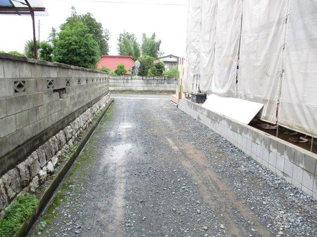 【前面道路含む現地写真】笠間市平町新築戸建 3期