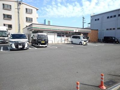 セブンイレブン山川神代1丁目店まで550m