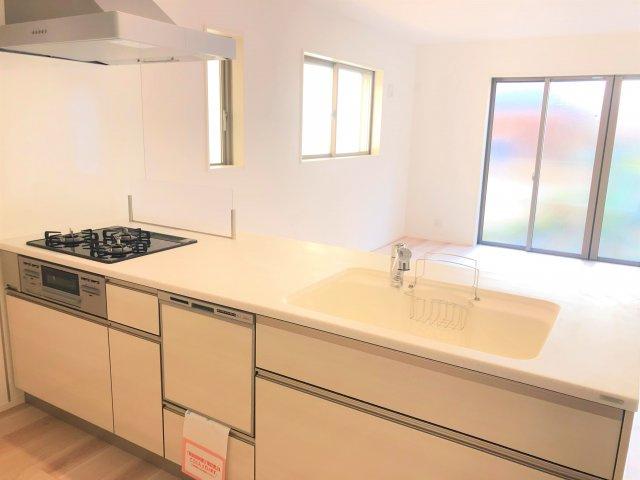 【外観】江戸川区西小松川町 新築戸建