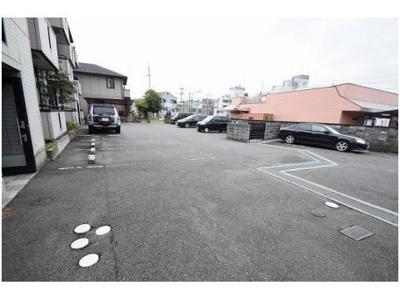 【駐車場】ハイアーグラウンドA棟