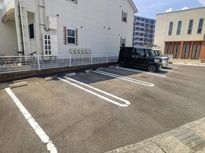 【駐車場】シーサイド・ヴィラ