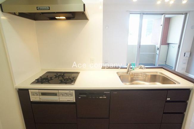 家事の時短に♪食器洗浄乾燥機付きシステムキッチン☆