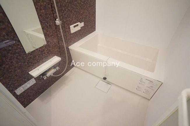 ユニットバス新調☆追炊付き給湯器も新調☆浴室乾燥機完備です☆