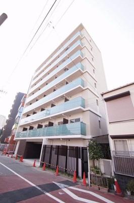 2016年3月竣工の綺麗なマンションです。