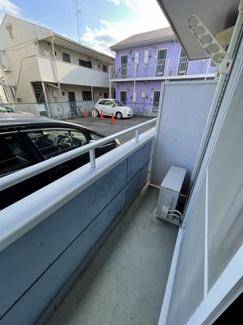 カウンター照明。イーストアベニュー