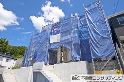 【前面道路含む現地写真】垂水区名谷町 新築戸建 5号棟