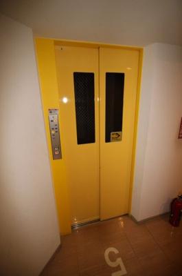 エレベーターがついています。