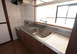 【キッチン】《高積算!高稼働!》富山市才覚寺一棟マンション