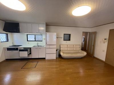 LDK広いので、大きな家具も配置可能です♪