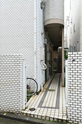 【エントランス】メゾンフレール