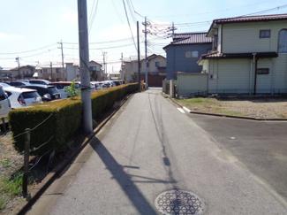 前面道路(北から撮影)