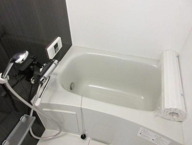 【浴室】クレセントヴィラ