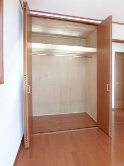 2階・洋室6帖(西側)