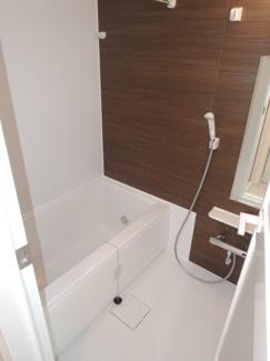 浴室乾燥機付お風呂。時期を問わず快適にご利用いただけます。