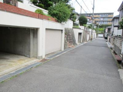 【前面道路含む現地写真】神戸市北区甲栄台1丁目中古戸建
