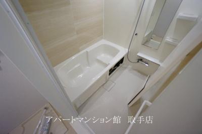 【浴室】ラ・グラシューズⅠ