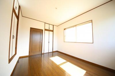 2階洋室2(2)