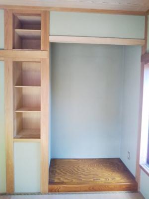 2階和室 床の間と収納