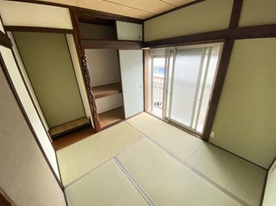 【寝室】日下町4丁目貸家
