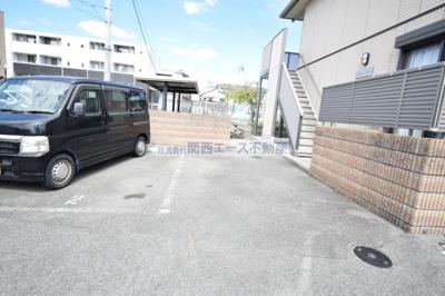 【駐車場】メゾンクレール