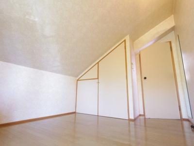 【参考写真】北側の7.2帖洋室。