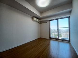 セザール検見川浜 開放感あふれる洋室です!