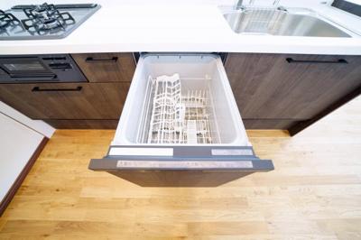 食器洗浄機付で洗い物がラクチンです。
