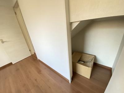 【同社施工事例写真です】全居室収納完備です。階段下も上手に活用した間取です♪