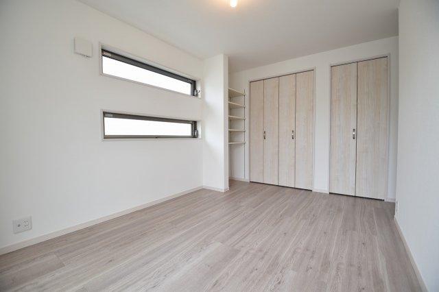 一人でゆっくり過ごせる空間の洋室(洋室施工例写真)