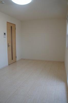 白基調の洋室!