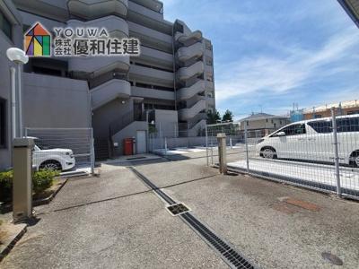 【駐車場】嵯峨クレセーヌ神戸西