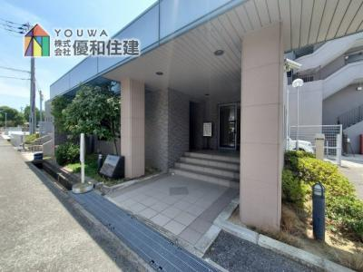 【玄関】嵯峨クレセーヌ神戸西