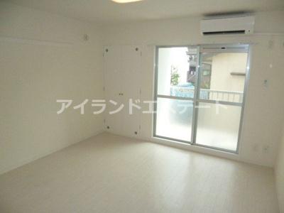 【居間・リビング】SOCIETY SAKURA-SHIMMACHI 独立洗面台 リノベーション済 オートロック