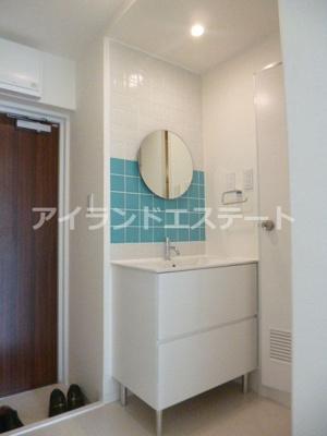 【洗面所】SOCIETY SAKURA-SHIMMACHI 独立洗面台 リノベーション済 オートロック