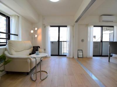 北西角部屋で、2方向から明るく優しい日の光が差し込みます。あなたならどんなお部屋として使いますか?