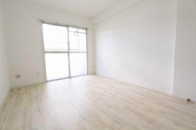 スタンダードな洋室です:リフォーム完了しました♪平日も内覧出来ます♪