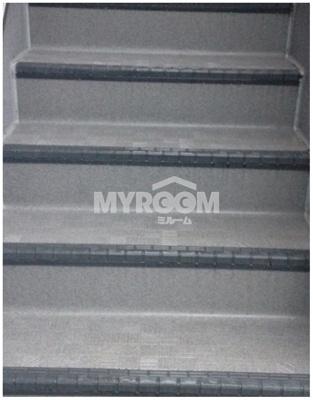 階段(同一仕様写真)