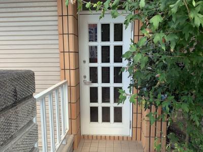 玄関前のスペースです。