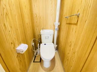 習志野七ツ台住宅 温水便座付きのトイレです!
