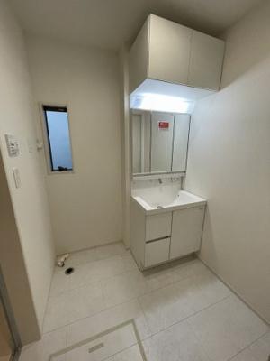 【独立洗面台】三木市別所町近藤 東栄住宅 1号棟