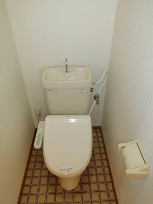 【トイレ】リバーサイド三和
