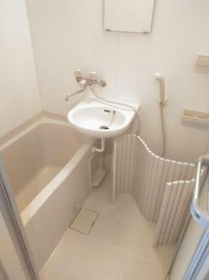 【浴室】カスティーロ大和町