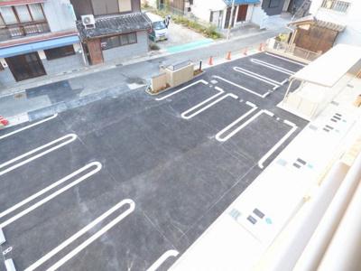 【駐車場】デラ・カーサ